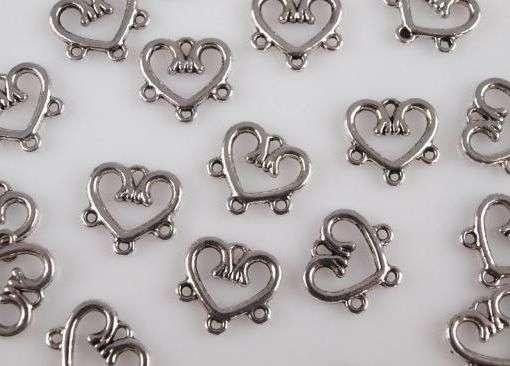 Ramínko srdce 14x15mm 3 očka - kov, vhodný pro výrobu šperků - naušnic, přívěsků, scrapbook, cardmaking, dekorování, srdce
