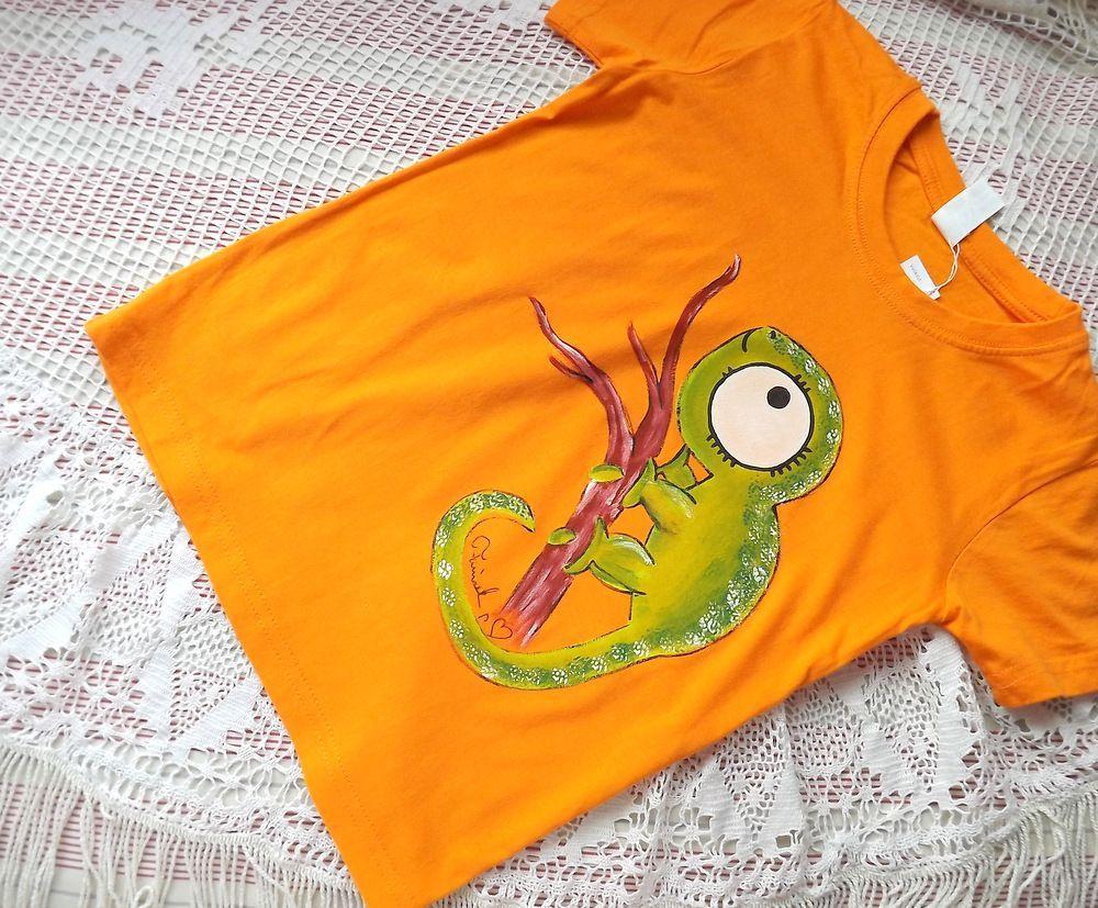 Chameleon 1.  ručně malované oranžové tričko s veselým chameleonem velikost 122