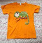 Chameleon 2.  ručně malované oranžové tričko s veselým chameleonem velikost 122
