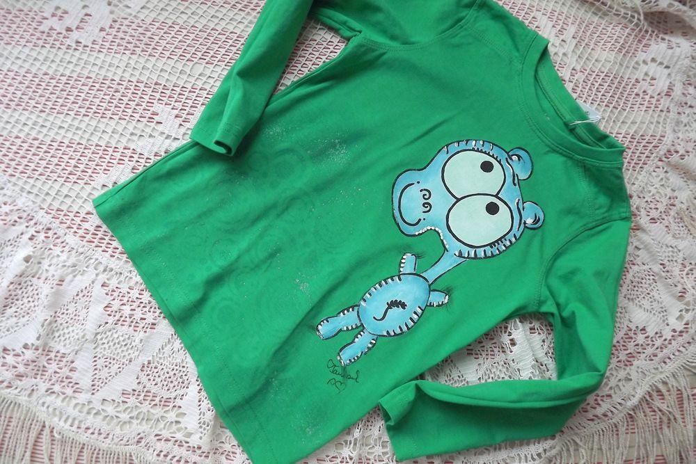 Hrošík 1. - ručně malované zelené bavlněné tričko s dlouhým rukávem - velikost 98