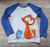 2. tričko s ručně malovanou liškou a myškou - bílé bavlněné s modrými rukávy velikost 122
