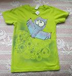 Netopýr 2. - ručně malovaný modrofialový netopýr na jasně zeleném bavlněném tričku s krátkým rukávem velikost 122