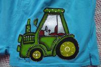 Ručně malované trenýrky se zeleným traktorem velikost L