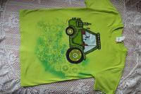 Jasně zelené tričko s krátkým rukávem a rušně namalovaným zeleným traktorem, velikost xs 100% bavlna