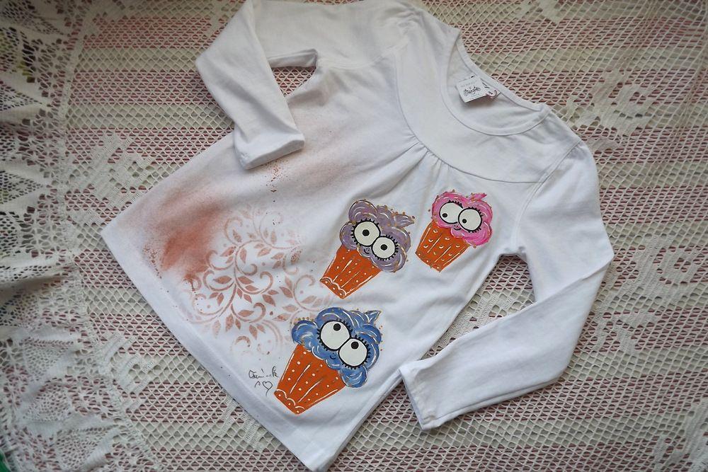 Mufinky nad sebou - ručně malované bavlněné tričko s dlouhým rukávem - velikost 104
