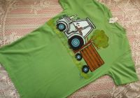 Zelené tričko s traktorem S