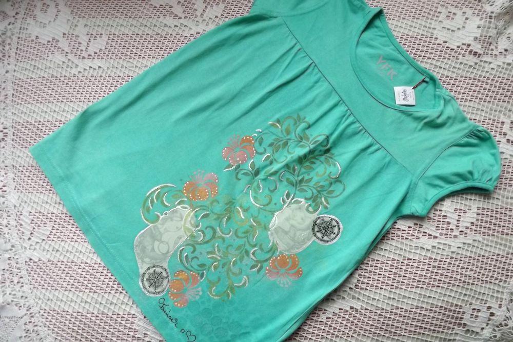 Mořská panna a dívka v loďce na ručně dekorovaném tričku bavlněném s krátkými rukávy. velikost 134, 140