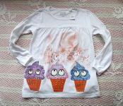 Bílé vtipné bavlněné nabírané tričko s dlouhým rukávem s ručně malovanými zmrzlinkami v třpytivém lístkovém zahalení velikost 110