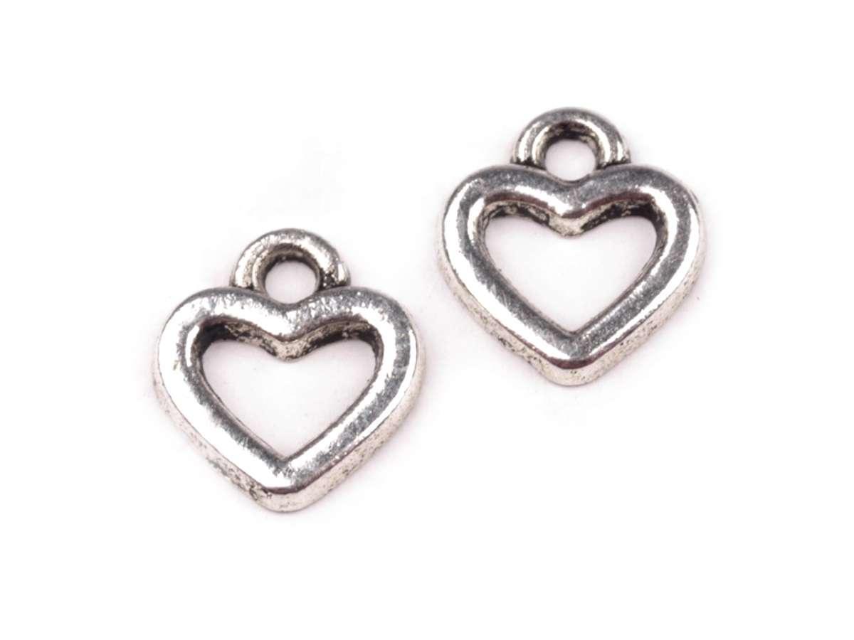 Srdíčko - přívěsek - barva platina - bižuterní kov, malinké srdce, výroba šperků, dekorací, cardmaking, scrapbooking