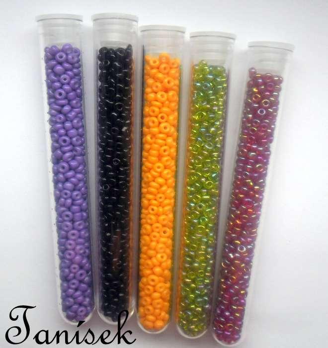 Sada rokajlových korálků v tubách - fialová matná, červená opalizující, oranžová matná, zelená opalizující, černá matná