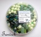 Zelená směs v krabičce - skleněné korálky - mačkané, rokajl, průhledné, neprůhledné, lesklé, matné, kuličky, placičky