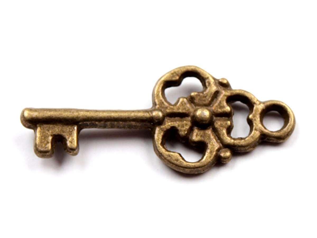 Klíček vintage - přívěsek - kov, staromosaz, vintage, starobylý, výroba šperků, dekorací, přání, koláže