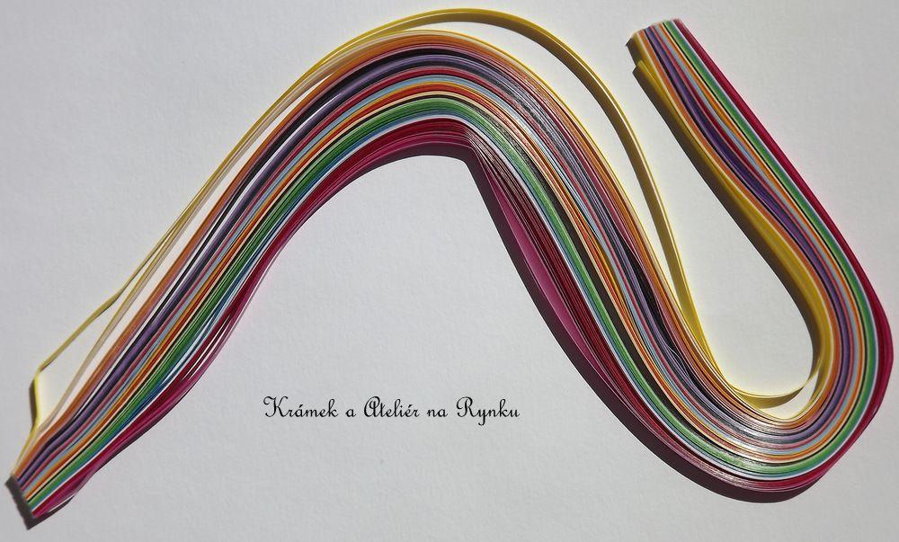 Papírové proužky na quiling 4mm šířka, 100ks - velmi pestrá a veselá směs - několik odstínů fialová, červená, žlutá, zelená, modrá