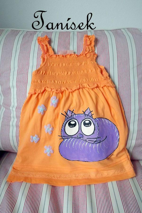 "Oranžové, řasené šaty na ramínka s namalovanou modrou kočičkou velikost 110 Veronika ""Tanísek"" Kocková"