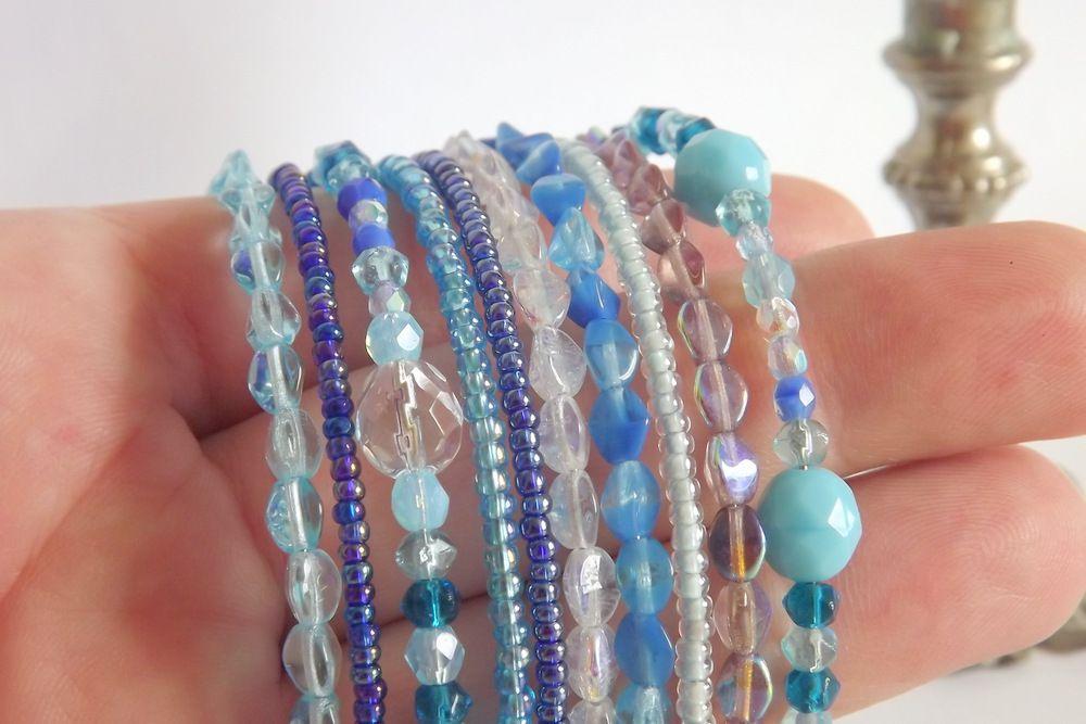 """Skleněný náramek s korálky v modrých odstínech - paměťový drát, ohňovky, třpytivý, lesklý,modrá, Veronika """"Tanísek"""" Kocková"""
