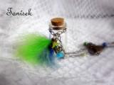 """Zdobený náhrdelník s lahvičkou na tajnosti - krásný dárek pro holku, peříčka, korálky, sklenička na zoubek, na písek od moře Veronika """"Tanísek"""" Kocková"""
