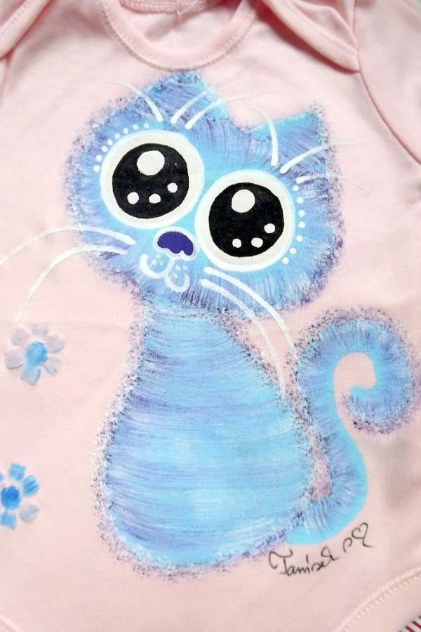 """Ručně malované růžové body s krátkým rukávem - modrofialová veselá okatá kočka kočička velikost 74 Veronika """"Tanísek"""" Kocková"""