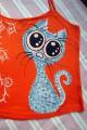 """Modrá kočka na oranžovém 100% bavlněném tílku se špagetovými ramínky - ručně malované - velikost M Veronika """"Tanísek"""" Kocková"""