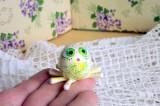 """Mutipoň pastelově žlutý fimo pavouk chobotnice ručně modelovaný a malovaný pro radost, pro štěstí Do dlaně Veronika """"Tanísek"""" Kocková"""