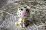 """Mutipoň pastelově žlutý - vanilkový - fimo - medvídek medvěd méďa- ručně modelovaný a malovaný pro radost, pro štěstí Do dlaně Veronika """"Tanísek"""" Kocková"""