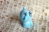 """Mutipoň pastelově modrý fimo kravička ručně modelovaná a malovaná pro radost, pro štěstí Do dlaně Veronika """"Tanísek"""" Kocková"""