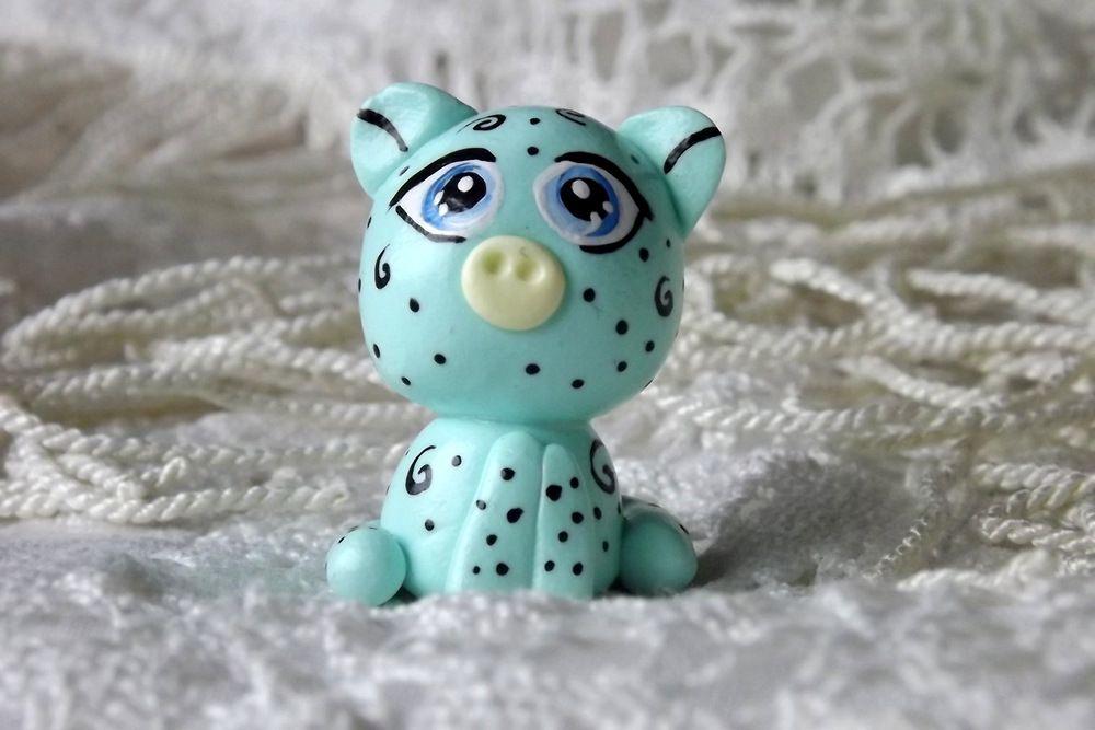 """Mutipoň pastelově zelený - mátový - fimo - medvídek medvěd méďa- ručně modelovaný a malovaný pro radost, pro štěstí Do dlaně Veronika """"Tanísek"""" Kocková"""