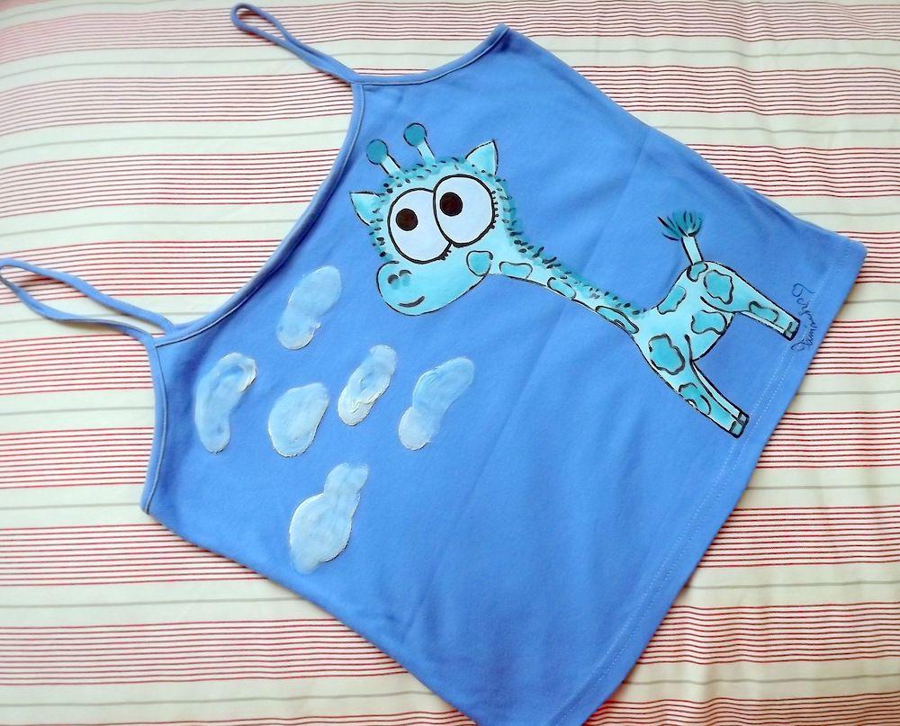 """Modrá žirafa na modrém 100% bavlněném tílku se špagetovými ramínky - ručně malované - velikost L Veronika """"Tanísek"""" Kocková"""