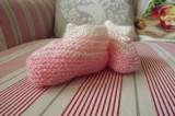 Ručně pletené světlounce růžové pruhované botičky pro miminko holčičku Itka