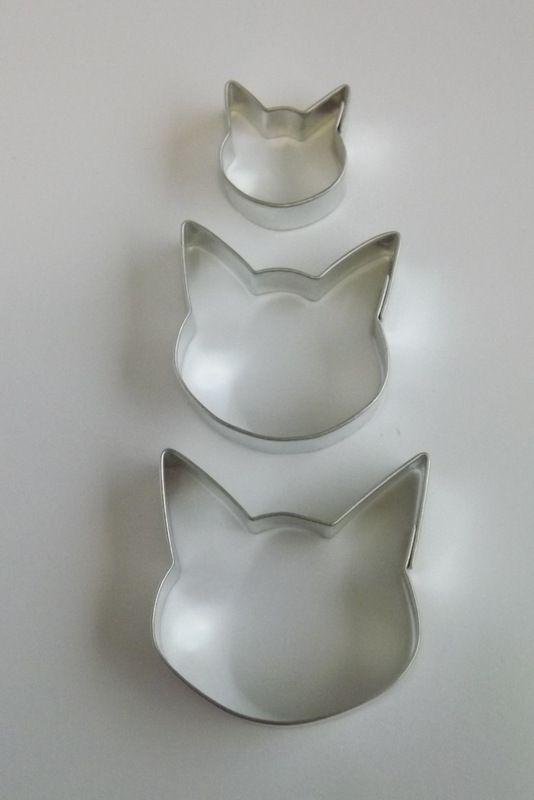 Kočičí hlava malá - Kovové vykrajovátko - vykrajovačka vhodné pro práci s polymery (fimo, cernit, sculpey, Premo, Kato Polycay), těstem, voskem, mýdlem, kočka, kočička, kotě,