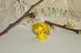 """Citronově žlutý Teddy králík beran s velikýma zelenýma očima - zlatě malovaný. Figurka - zvířátko ručně modelované a malované v Plzni - v ČR. Roztomilý dárek pro každou příležitost. Dárek - amulet - do dlaně Veronika """"Tanísek"""" Kocková"""