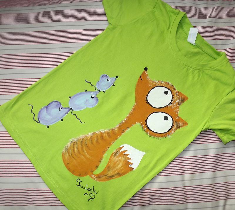 """Liška a myší pyramida zelené kr 134 Světlezelené tričko s krátkými rukávy 100% bavlna - ručně malované - liška a myška, myšky, cute, Veronika """"Tanísek"""" Kocková"""