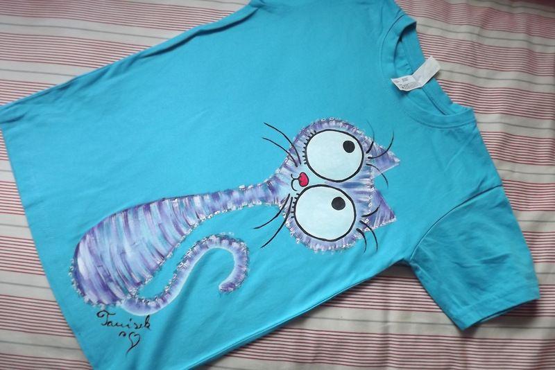 """Modrofialová kočka modré kr 146 Světlemodré tričko s krátkými rukávy 100% bavlna - ručně malované - modrá a fialová kočka, modrofialová, kocour, kotě, cute, Veronika """"Tanísek"""" Kocková"""