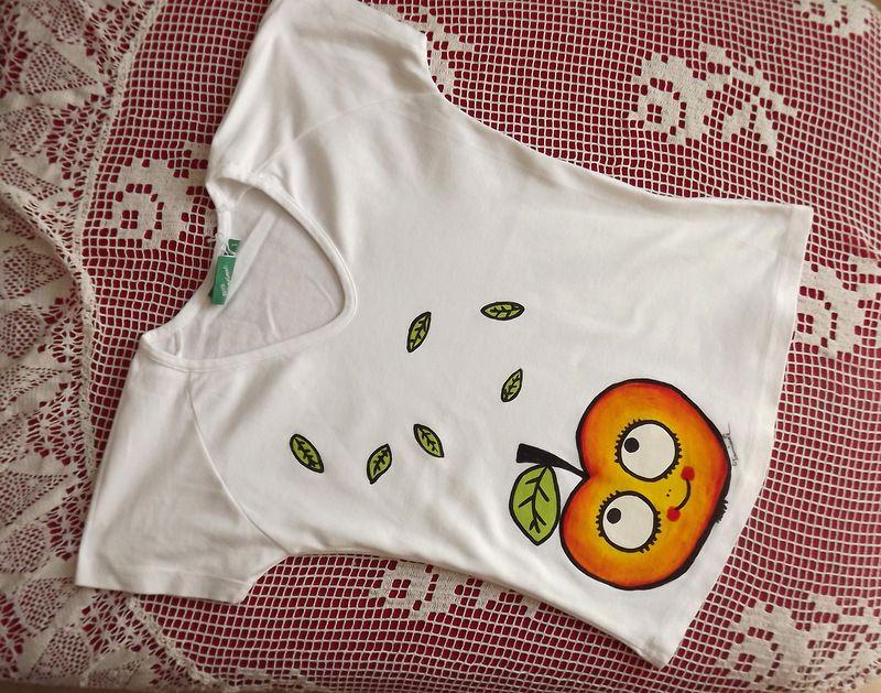 """Jablíčko na tričko S - bílé triko s krátkým rukávem Veronika """"Tanísek"""" Kocková"""