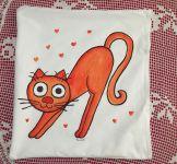 Povlak protahujícící se kočička