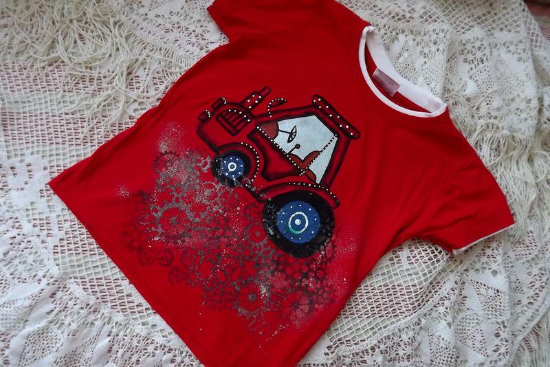 """Traktor kr. 116 červené triko s krátkým rukávem Veronika """"Tanísek"""" Kocková"""