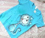 Tyrkysový kocou ručně malovaný na tyrkysovém modrém tričku velikost 122