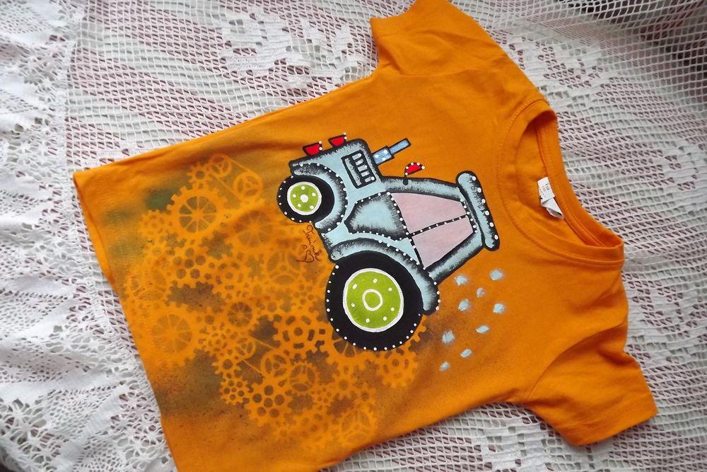 Tričko s ručně malovaným traktorem + ozubená kola (negativ)