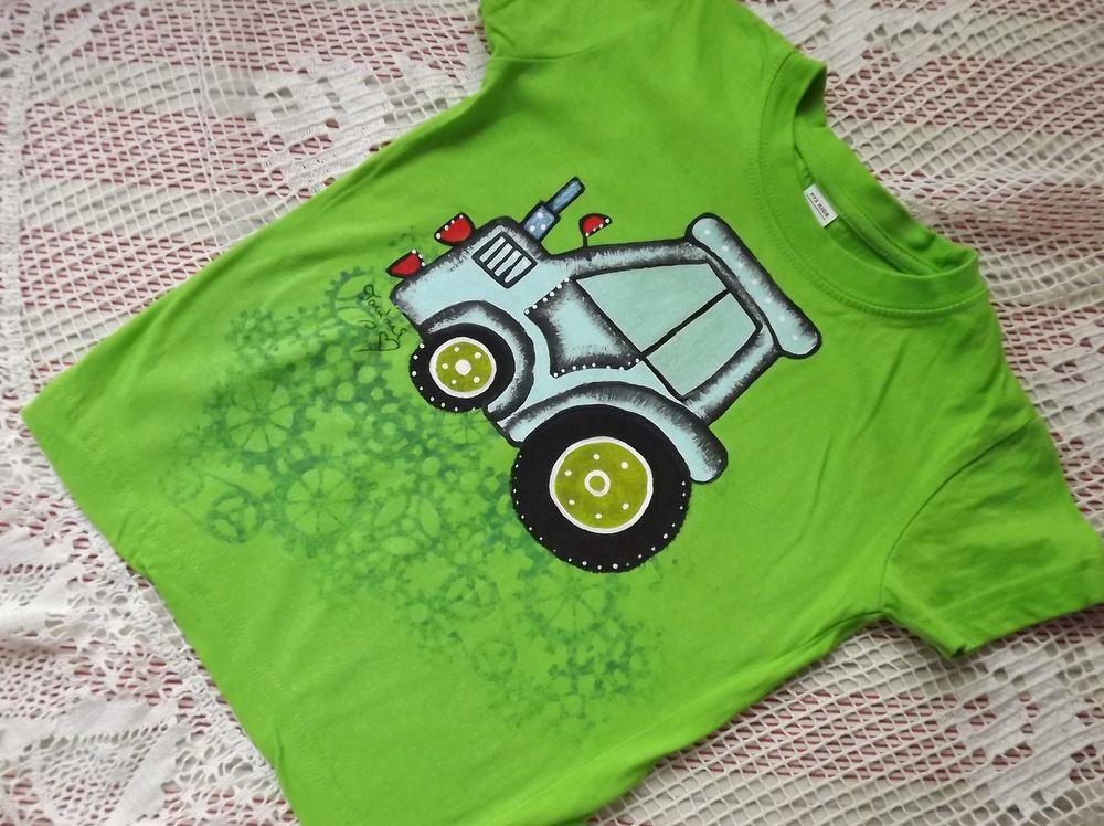 "Modrý traktor na zeleném tričku Adler 110 Veronika ""Tanísek"" Kocková"