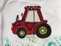 1. traktor - ručně malovaný traktor na bílém body s dlouhým rukávem